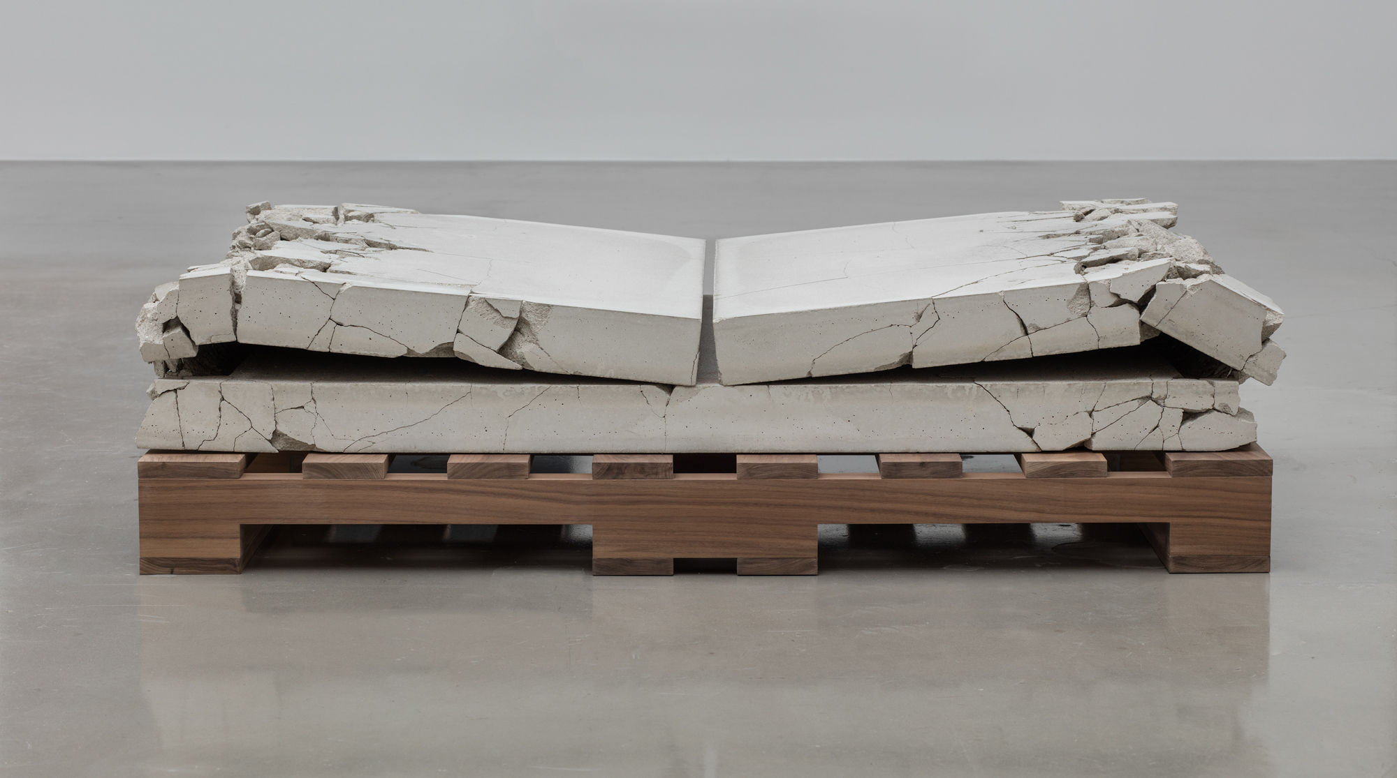 Analia Saban, Folded Concrete (Gate Fold), 2017.  Concrete on walnut pallet.  33 x 127 x 94 cm. Photo by Brian Forrest.