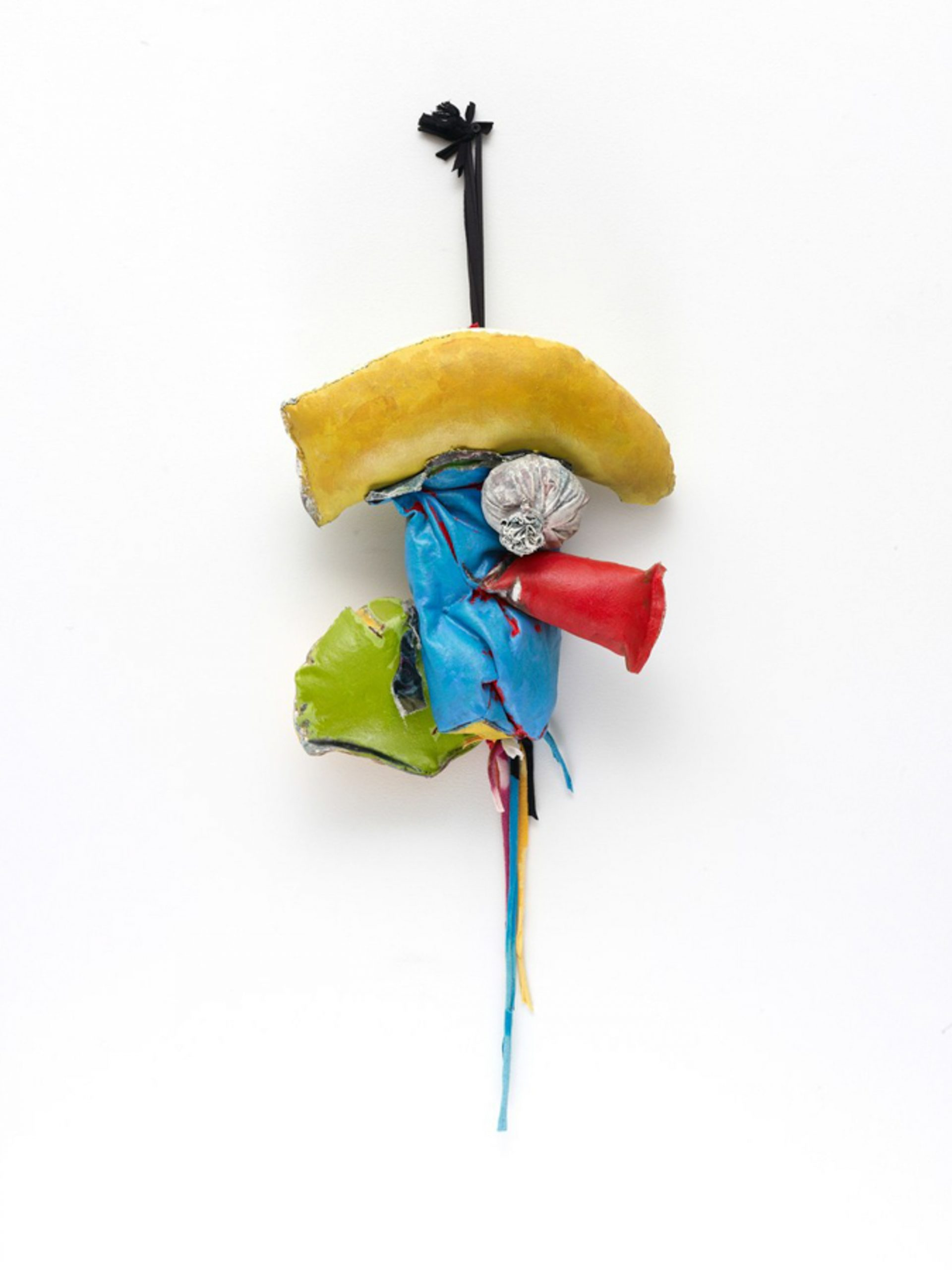 John Outterbridge, Rag and Bag Idiom III (2012), mixed media, 32 x 14 x 7 1/2 inches. Image courtesy Tilton Gallery, New York.